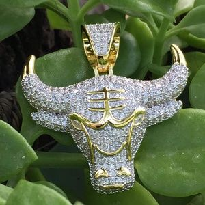 Hip Hop Iced Out Demon King Bull Pendant